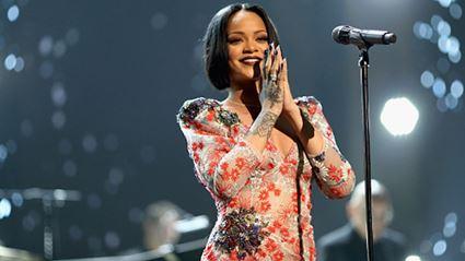 WATCH: Rihanna's Encouraging Words In Her 'Black Girls Rock!' Speech