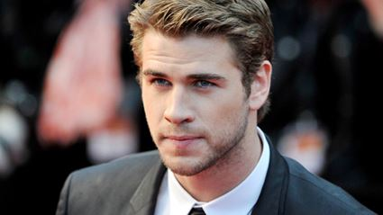 Liam Hemsworth Confirms He Is NOT Engaged To Miley Cyrus!