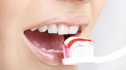 Here's How To Actually Brush Your Teeth