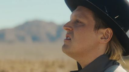 """Watch the video for the new Arcade Fire track """"Everything Now"""""""