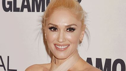 Gwen Stefani sparks pregnancy rumours with 'bump' photo